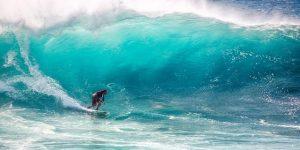 faire du surf en asie